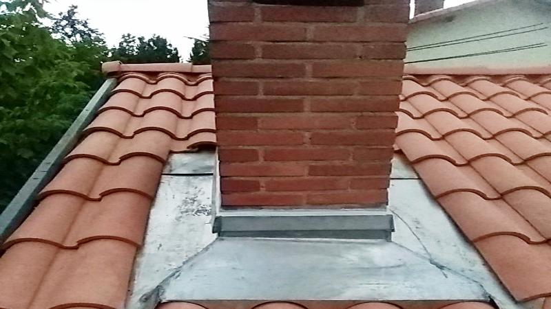occitanie-ZINGUERIE - TOITURE-couverture-renovation-isolation-zinguerie-toulouse-haute garonne-toiture-chauchard 05 62 72 16 27